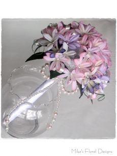 Beaded Mini Lily Round Bouquet with Glass Pearl Bow
