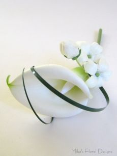 Real Touch Calla Lily with Stephanotis Hairpiece