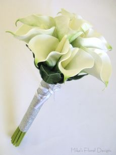 Real Touch Calla Lily Round Bouquet