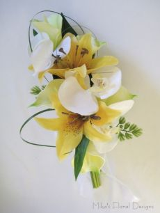 Real Touch Calla Lily, Lily and Orchid Clutch Bouquet