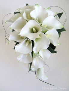Real Touch Calla Lily Teardrop Bouquet