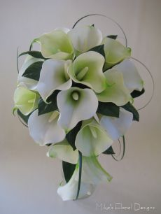 Real Touch Calla Lily Bridal Teardrop Bouquet