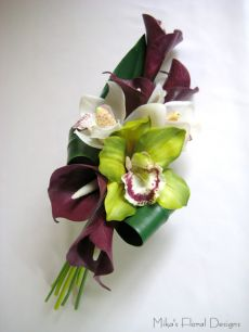 Real Touch Calla Lily and Orchid Arm / Clutch Bouquet