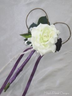 Silk Rose Wand with Heart Shaped Dodder Vine