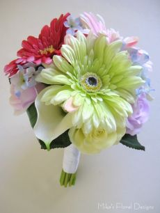 Artificial Gerbera and Mixed Flowers Round Bouquet for Flower Girl