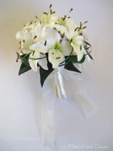 Artificial Real Touch Oriental Lily Round Bouquet