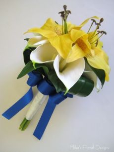 Real Touch Lily and Calla Lily Round Bouquet