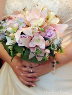 Artificial Lily and Mixed Flowers Bridal Round Bouquet