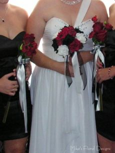 Artificial Roses Tricoloured Bridal Round Bouquet and Bridesmaids' Bouquets