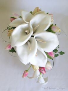 Mini Soft Feel Tulip in Foam Calla Lily Teardrop Bouquet